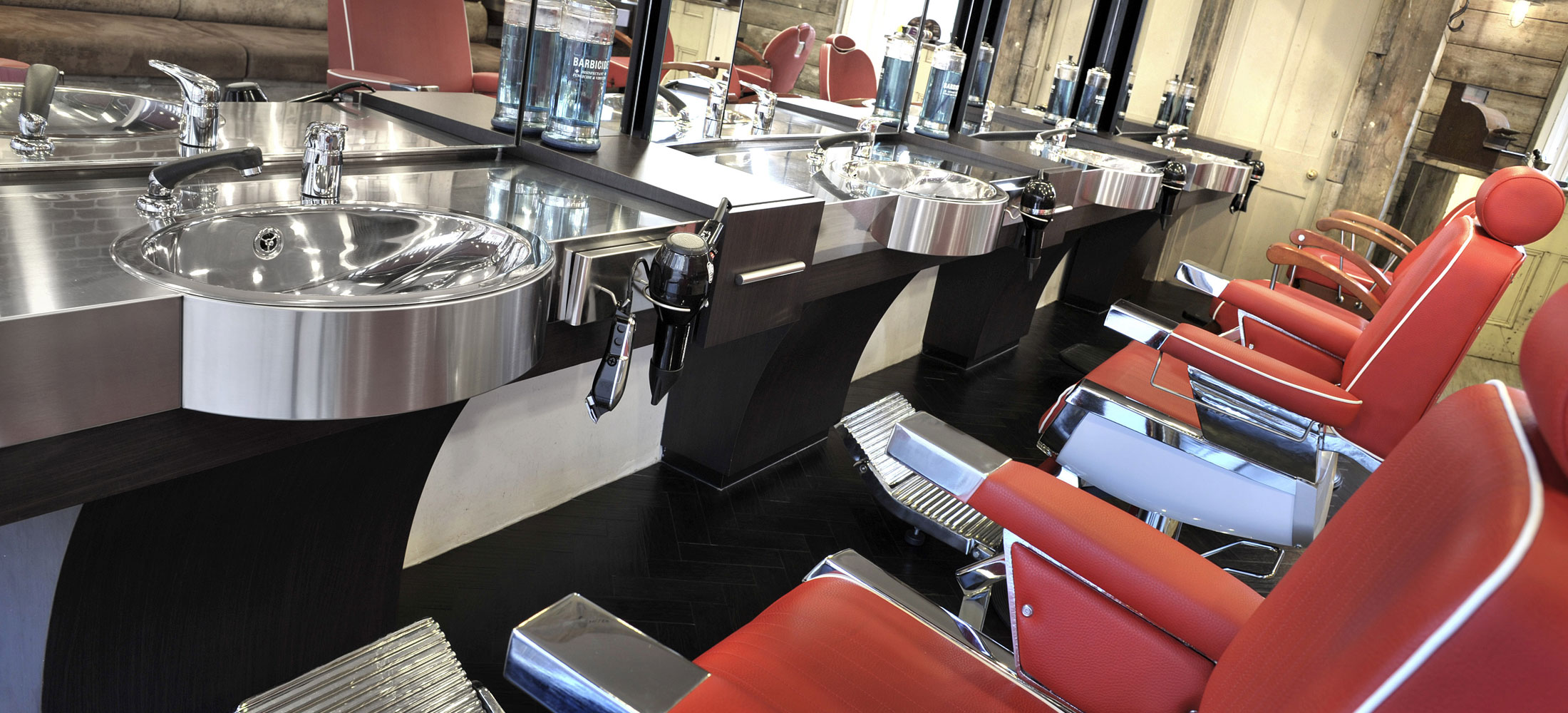 mutley barbers plymouth wet shaves plymouth beard trimming plymouth mens hairstyling plymouth. Black Bedroom Furniture Sets. Home Design Ideas